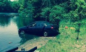 drive-into-pond-DUI